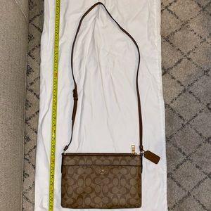 NRAND NEW Coach crossbody (or long shoulder bag)